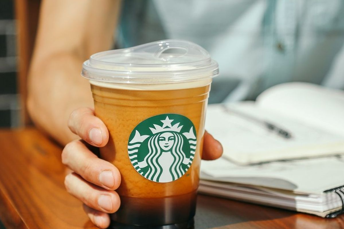 starbucks_sippy_cup.0