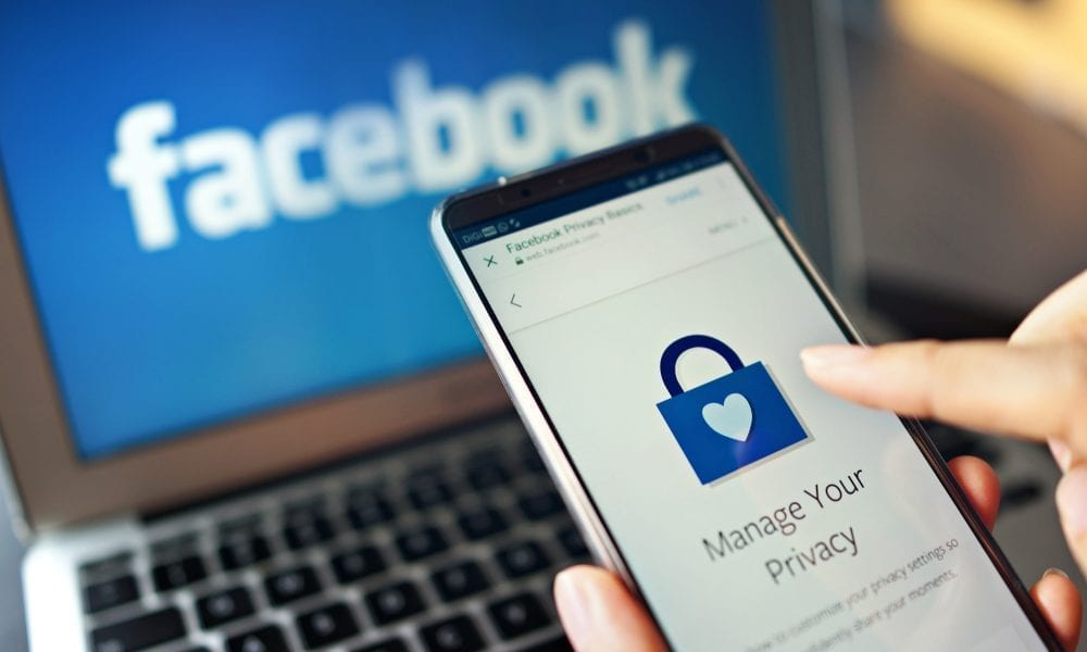 Facebook-passwords-stored-searchable